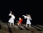 2014-12-14-40-potsdamer-platz-vertical-dance-weihnachtsmann-show
