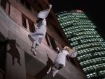 2014-12-14-49-potsdamer-platz-vertical-dance-weihnachtsmann-show