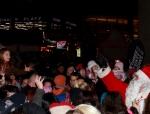 2014-12-14-55-potsdamer-platz-vertical-dance-weihnachtsmann-show