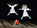 2014-12-14-44-potsdamer-platz-vertical-dance-weihnachtsmann-show
