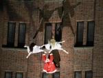 2014-12-14-53-potsdamer-platz-vertical-dance-weihnachtsmann-show