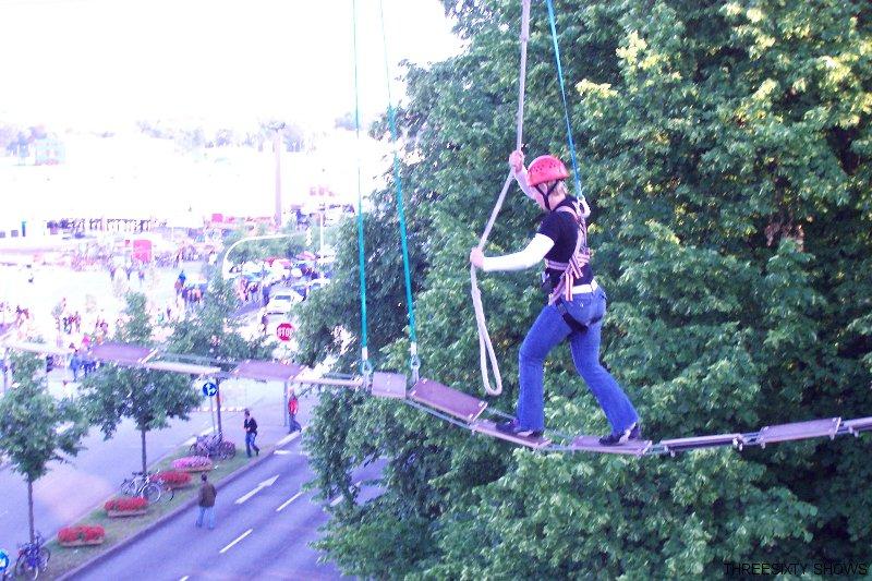 Highline Seilbrücke  als Teamevent in Berlin und überall