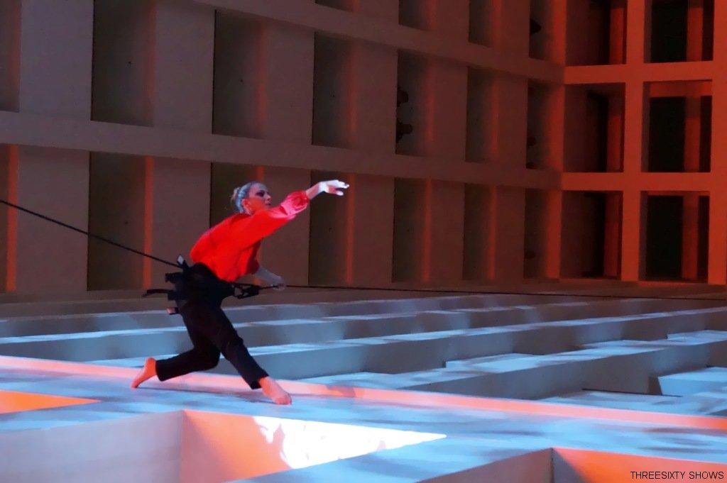 vertical-dance-luftakrobatik-show-11