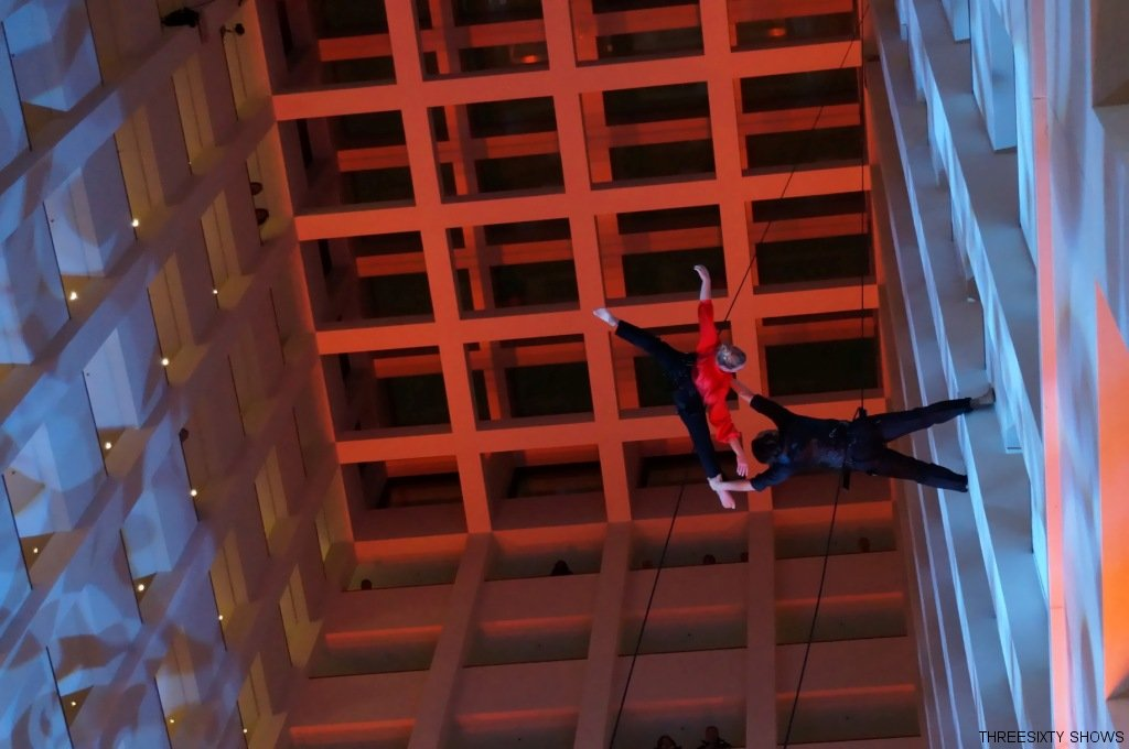vertical-dance-luftakrobatik-show marriot Hotel