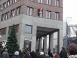 weihnachtsmann-show-klettern-abseilen-stunt-08