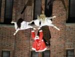 2014-potsdamer-platz-vertical-dance-weihnachtsmann-show-04