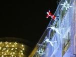 Weihnachtsmann Show am Einkaufscenter